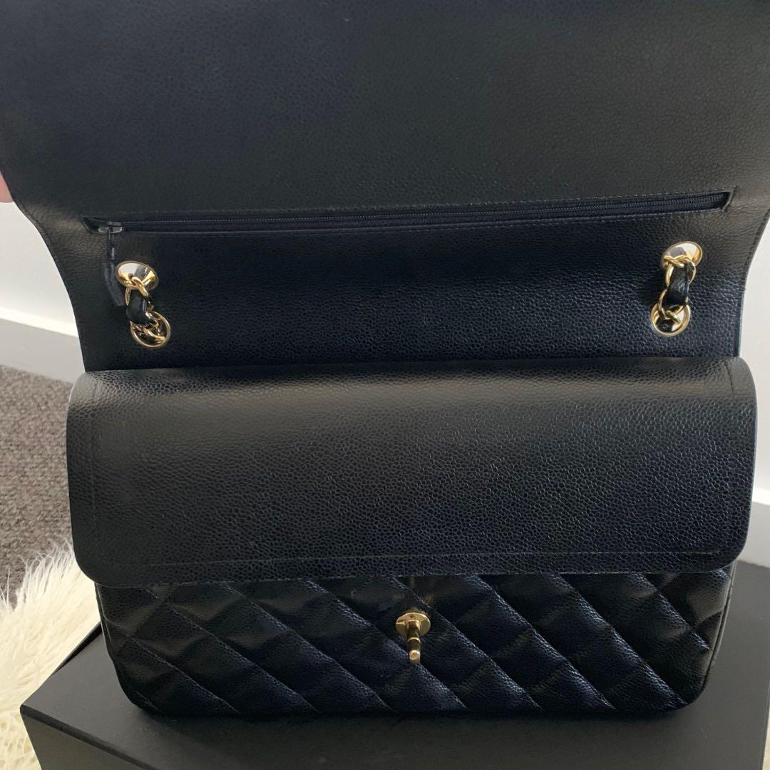 CHANEL CLASSIC FLAP BAG (JUMBO) - BLACK CAVIAR LEATHER
