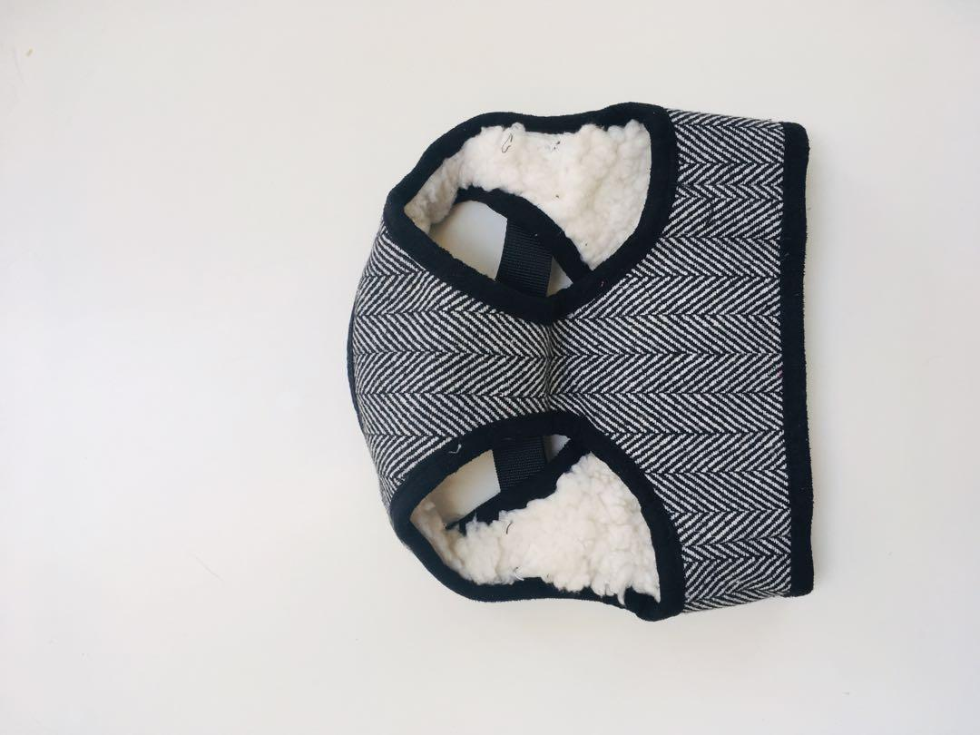 Fully lined wool Harness