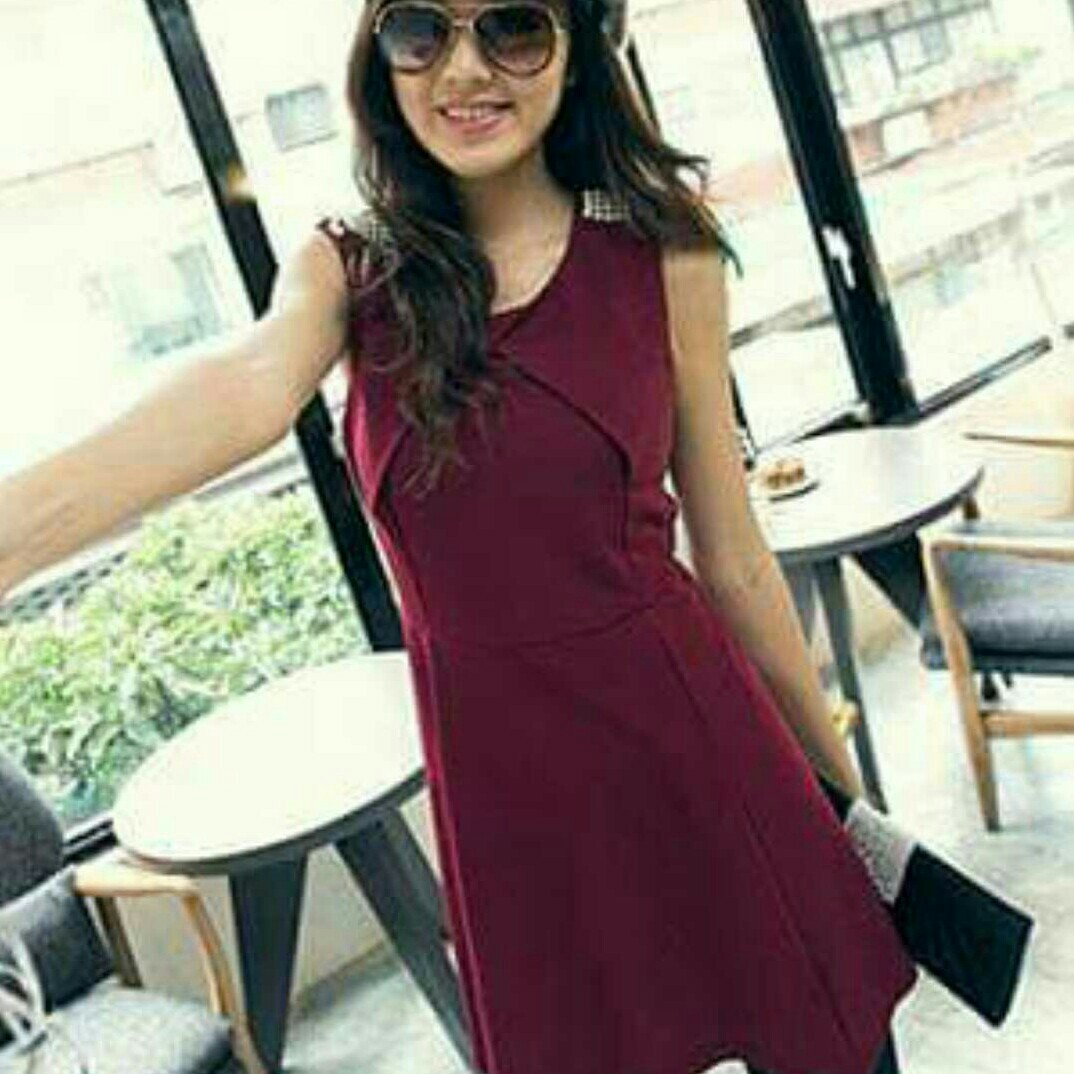f43de9a5ca12 Korean Style Pretty Red Skater Dress With Pearls On Both Shoulders ...