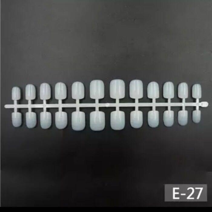 * MURAH 24 pcs Short Round Fake Nails / kuku palsu