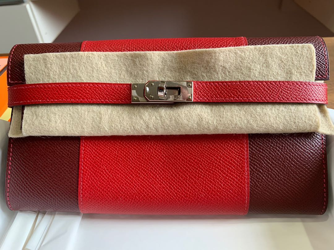 d8030eff4b Pristine condition authentic Hermes Kelly wallet