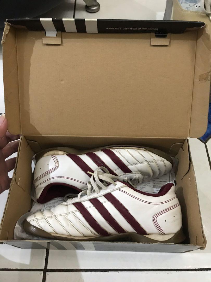 sepatu futsal adidas anak/cowo murah BU size 36