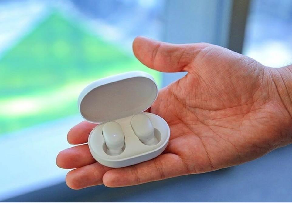 Xiaomi (Mi) AirDots TWS Bluetooth headset Youth Edition (white)