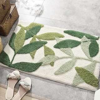Tufted Foliage Floor Mat