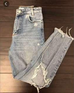 ZARA Ripped Boyfriend Jeans