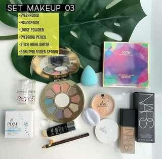 Mixed make up set