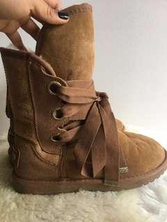 AUTHENTIC UGG boots - brown 6M