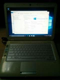sony VAIO vgn cs13g sell as part.  零件機