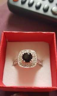 .925 stamped stunning ring size 9