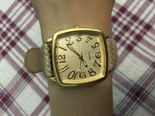 Quartz Watch in Gold