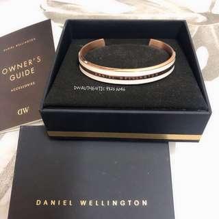 🚚 <INSTOCK> Authentic Daniel Wellington Bracelet