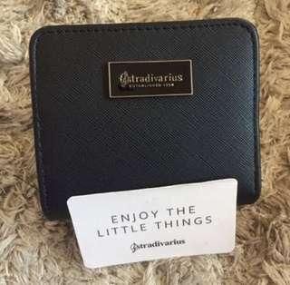 INSTOCK Stradivarius black wallet