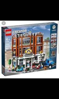 Lego 10264 garage corner