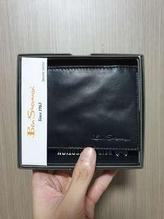 Authentic Ben Sherman Leather Bifold Wallet with slight cosmetic defect