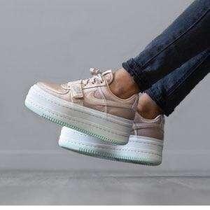 Nike women 2K vandal pink shoe