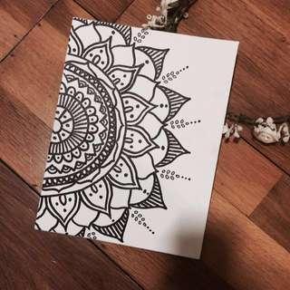 Hand-Drawn Wall Decór