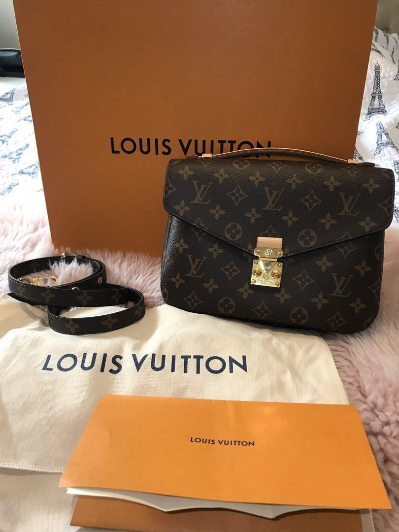 100% AUTHENTIC LOUIS VUITTON POCHETTE METIS BNIB FULL SET