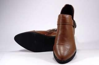 🚚 棕色裸靴