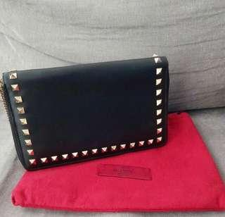 FAST SALE! Authentic valentino black wallet / clutch