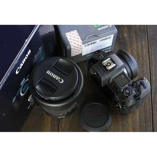 Almost new Canon EOS R with RF 24-105 F4 Kit Lens and EF adpater