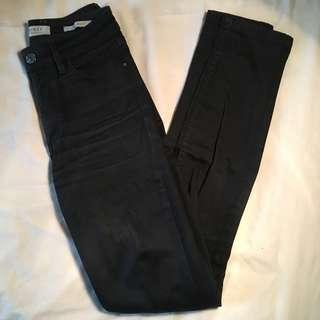 GUESS JEANS 1981 SKINNY BLACK
