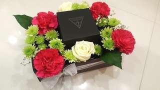 Customised Flower & Gift Box Bouquets