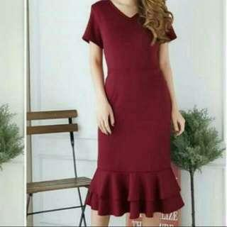 Dress Mermaid Bahan Scuba Warna Maroon