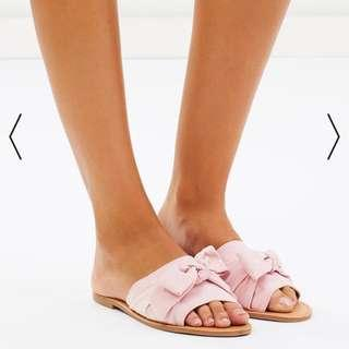 Brand new - Spurr Shoes - slides in pink size 6