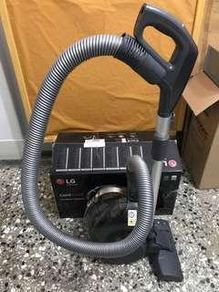 (二手)LG COREZERO圓筒式無線吸塵器 附塵蟎吸頭組