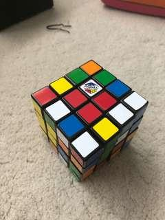 🚚 authentic 4x4 rubiks cube
