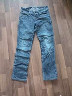 Authentic Female Levis Jean