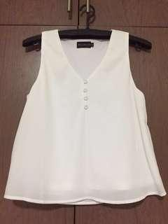 Bnwot Closetlover White Top