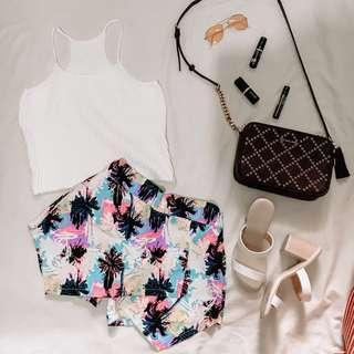 Summer palm tree short