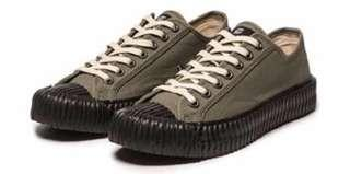 🚚 軍綠餅乾鞋