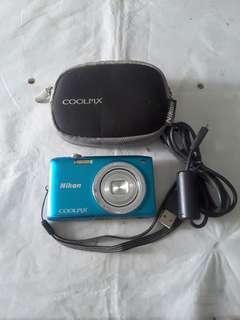 Camera digital Nikon Coolpix s2700