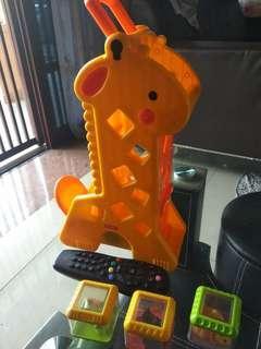Fisher price giraffe (sound, stalking toys)