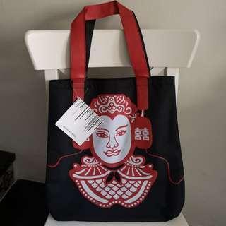 Museum Label Designer Justin Lee Tote Bag