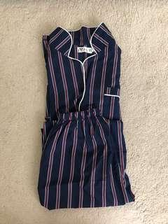 🚚 2 piece navy blue pajama set