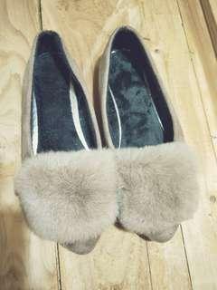 駝色絨毛平底鞋