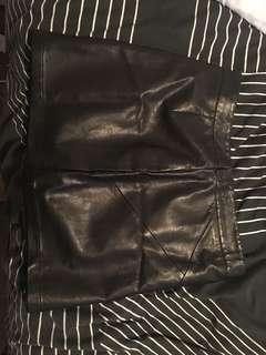Size 12 leather skirt