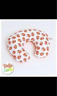 Baby loop nursing pillow