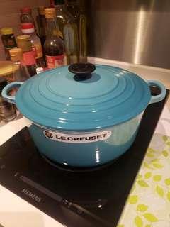 Le Creuset 26cm 圓形鑄鐵鍋及飯碗