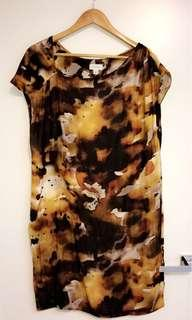 Witchery dress - size M