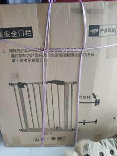安全門閘  ( 白色)