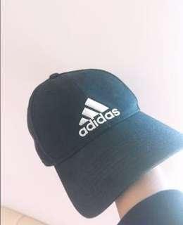 🚚 Adidas正版黑色老帽
