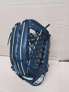 🚚 棒球外野手套