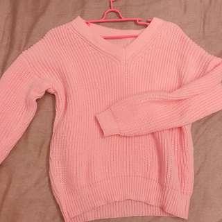 🚚 粉紅針織上衣