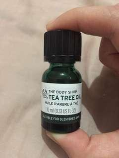 The Bodyshop Tea tree oil