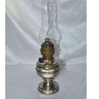 ANTIQUE VINTAGE MATADOR GERMANY OIL LAMP WITH GLASS CHIMNEY
