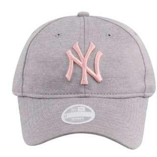 low priced 950f7 4342c New York Yankees MLB Sporty Sleek Gray 9Twenty Womens Cap (Essential)  Original price at